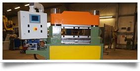 Hydraulische Endenbearbeitungsmaschine