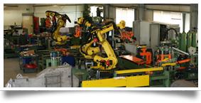 PW1800E mit Roboterhandling im Probelauf bei WAT