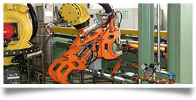 Roboter mit Doppelzange